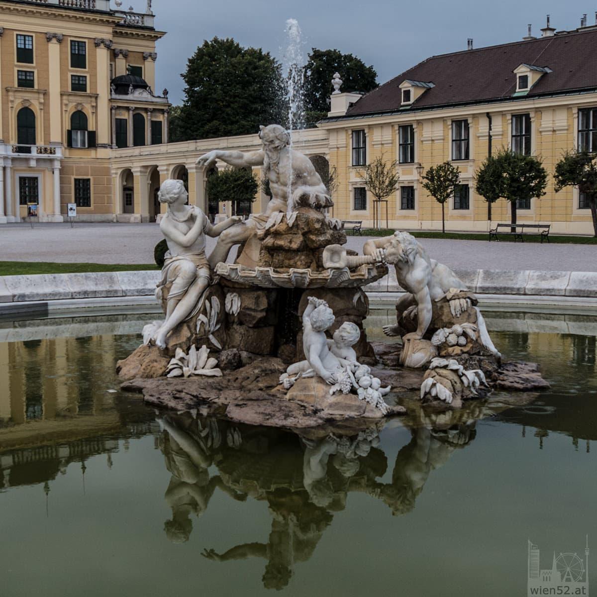 Springbrunnen Schloss Schönbrunn