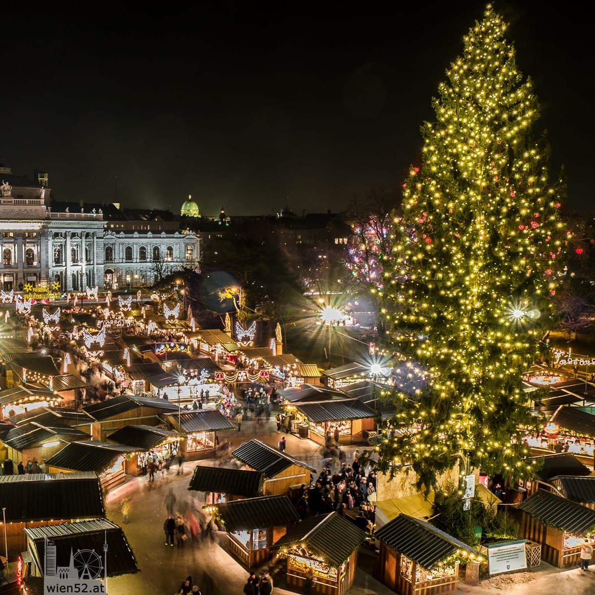 Wiener Christkindlmarkt  Rathausplatz