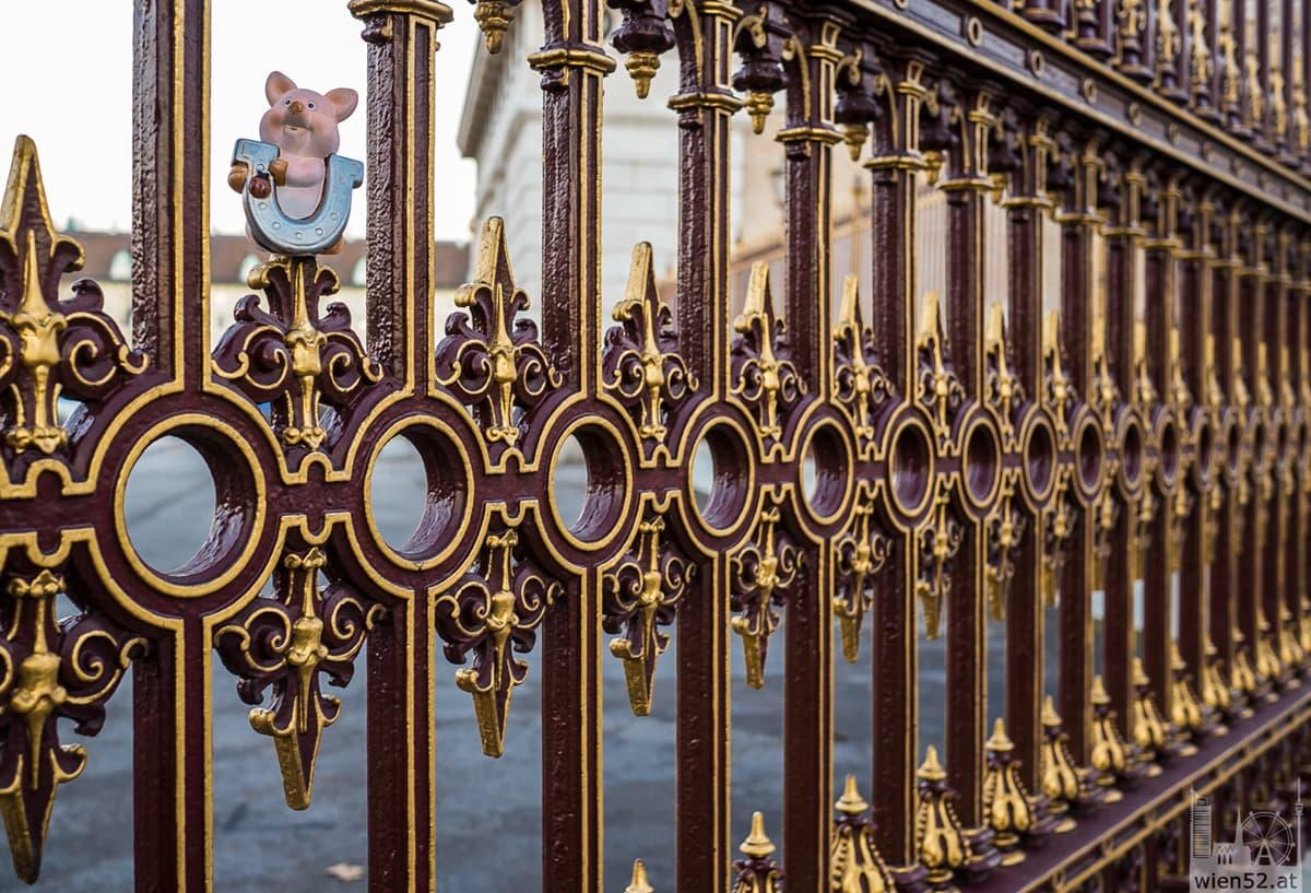Zaun beim Burgtor