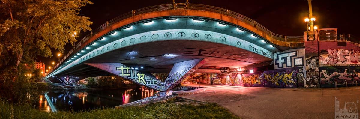 Rossauer Brücke