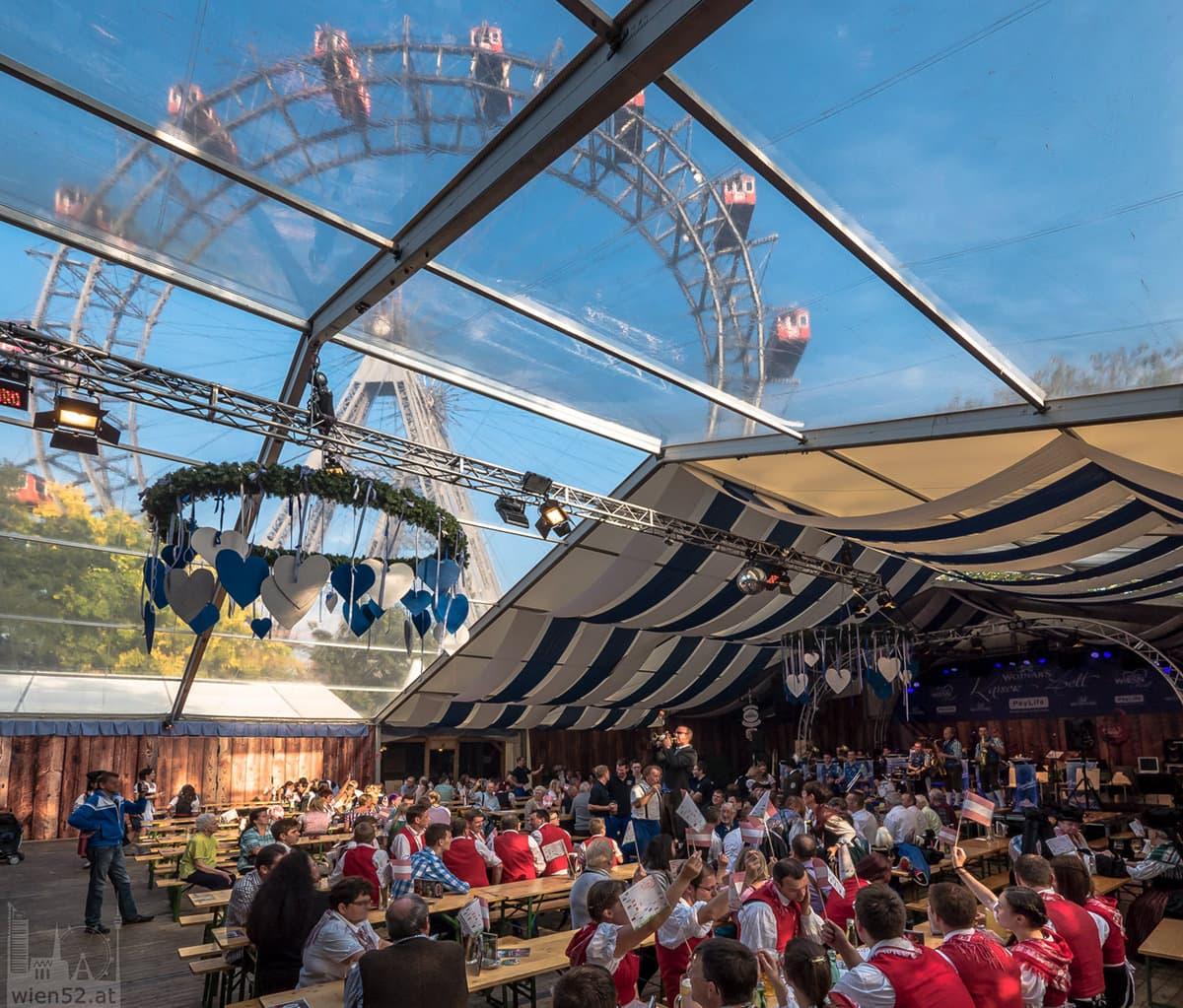 Wiener Wiesn 2014 - Prater : Wojnar's Kaiser Zelt - erstmals mit Blick auf das Riesenrad
