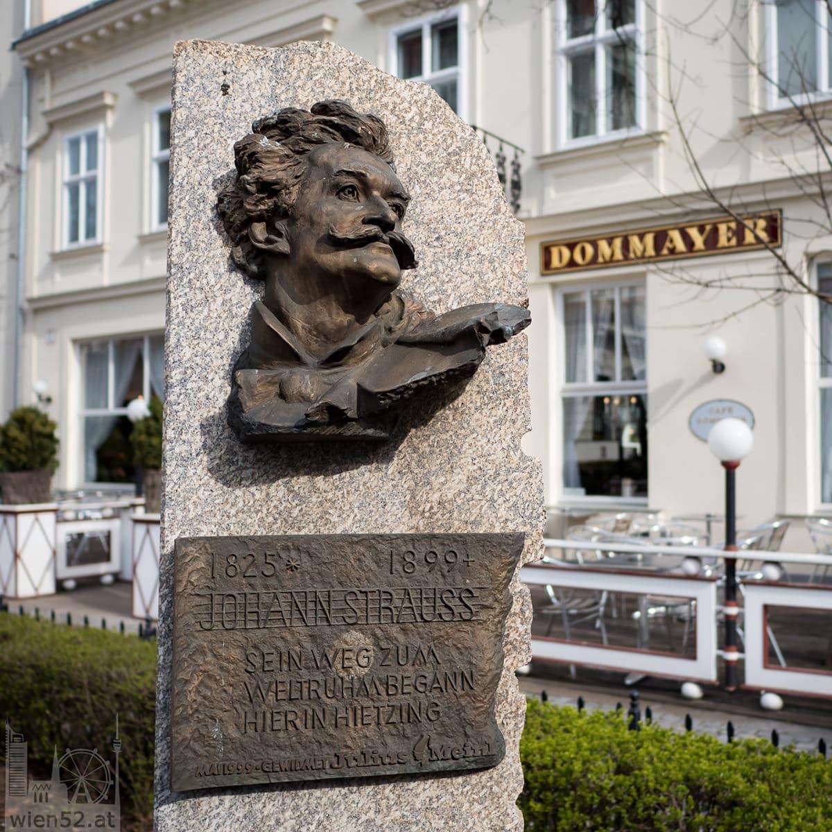 Johann Strauss (Sohn) Gedenkstein vor dem Cafe Dommayer
