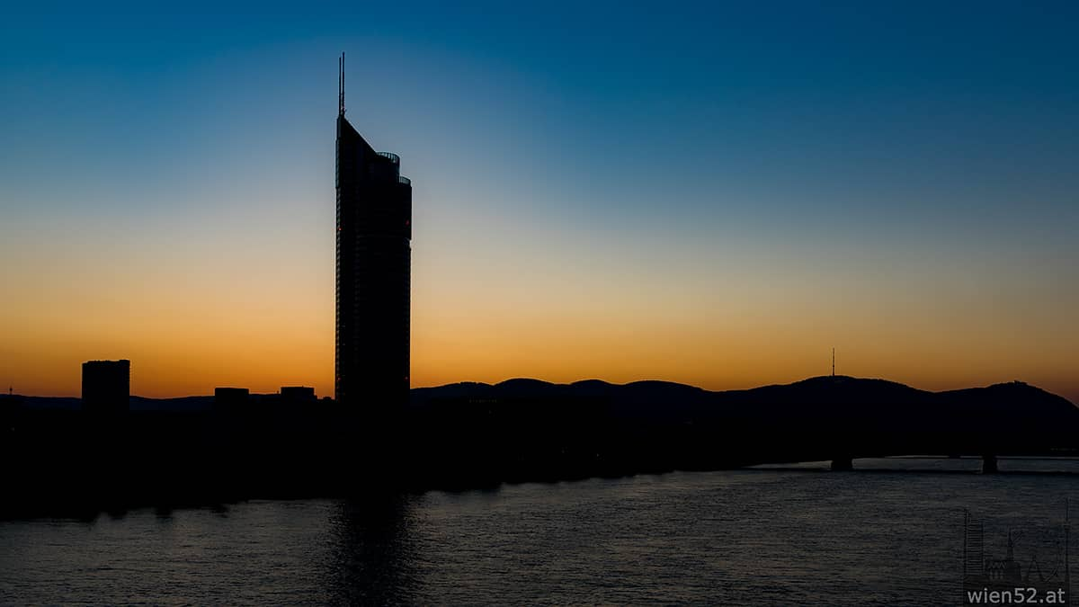 Sonnenuntergang hinter dem Kahlenberg