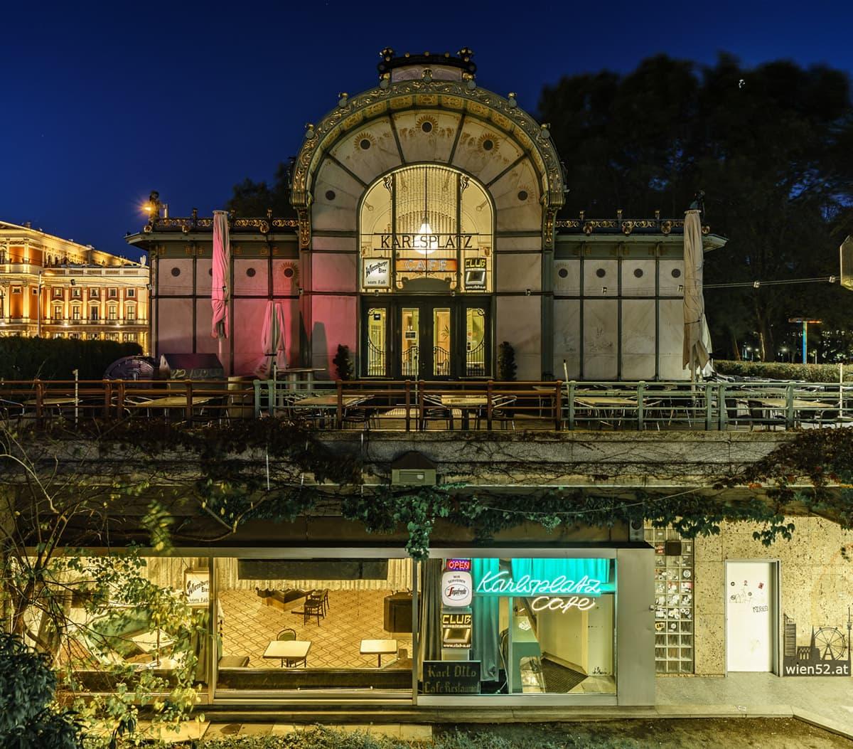 Cafe im Otto Wagner Pavillon  Karlsplatz