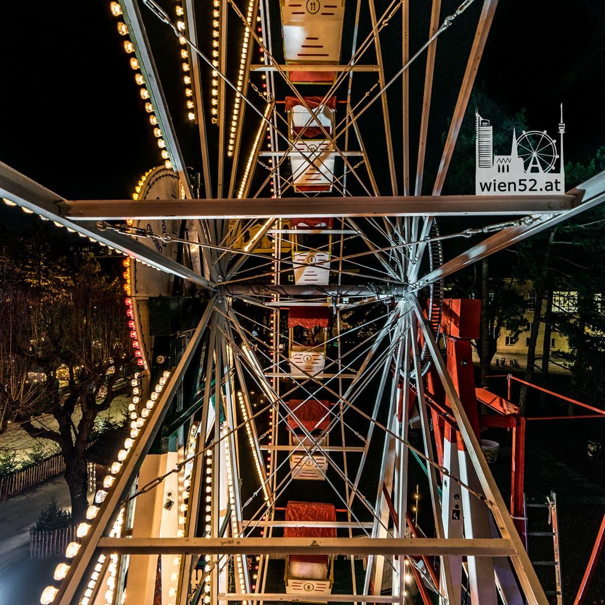 Nostalgisches Riesenrad  Weihnachtsdorf Altes AKH