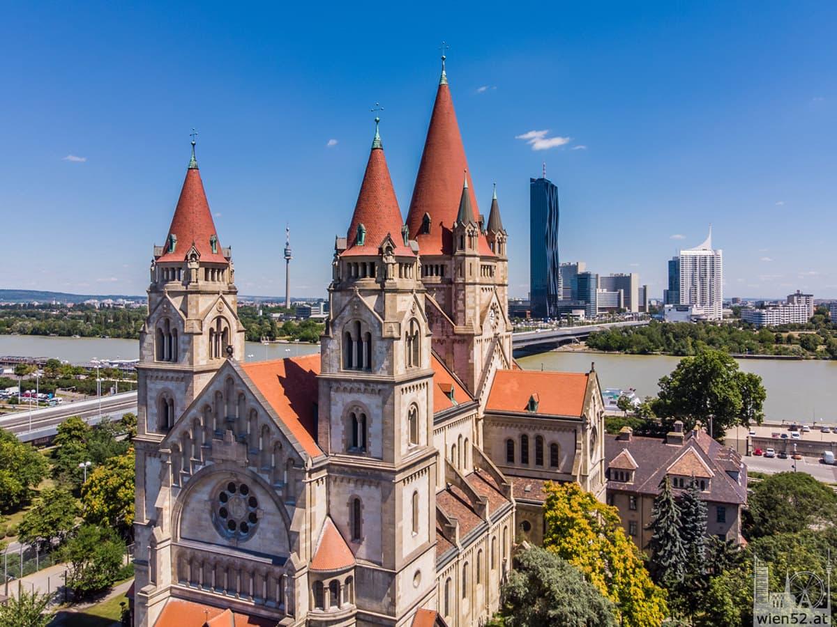 Franz-von-Assisi-Kirche - Donau City