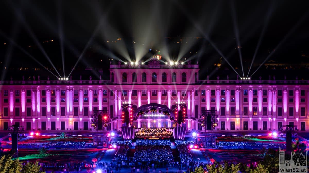 Sommernachtskonzert der Wiener Philharmoniker  Schloss Schönbrunn