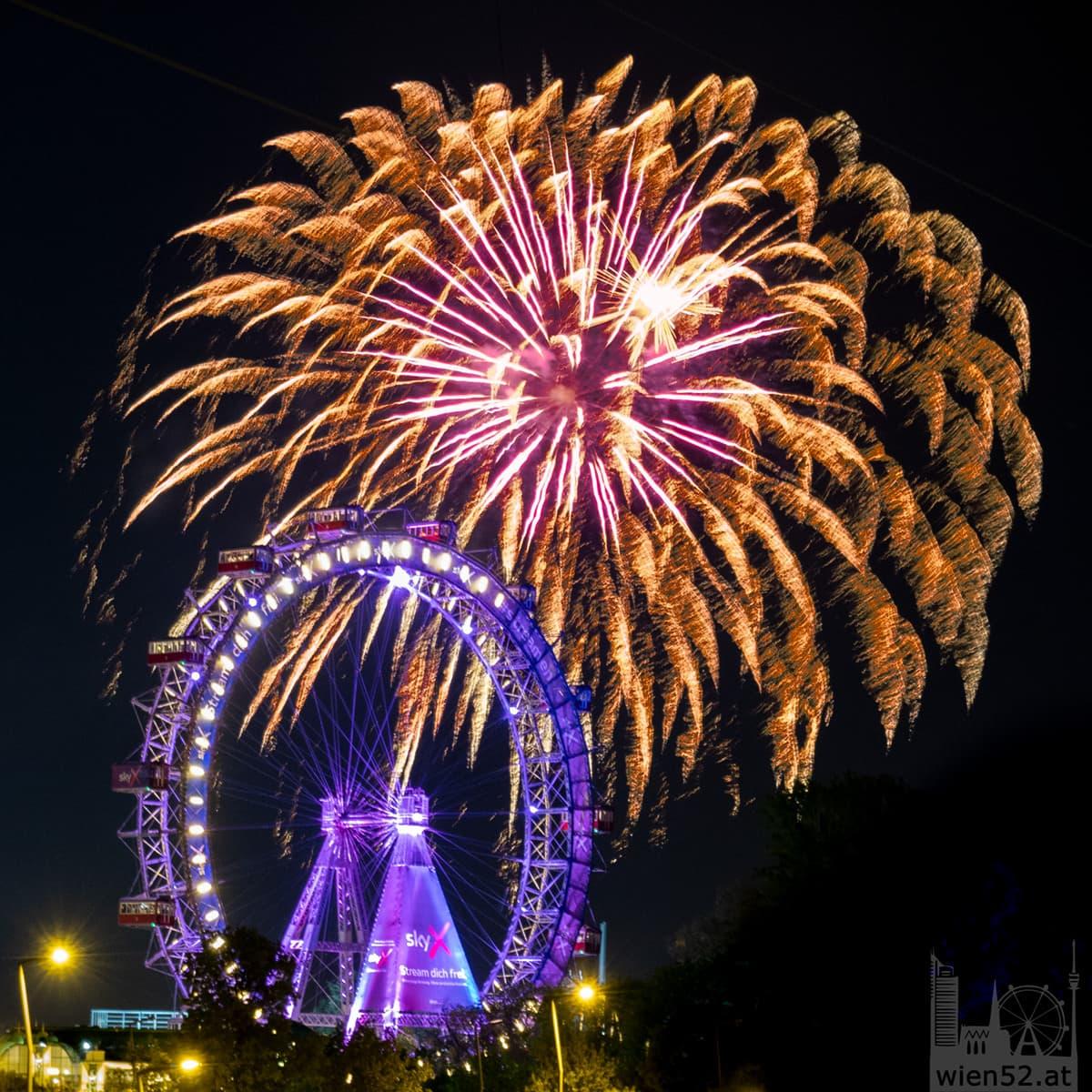 Maifest im Prater - Feuerwerk