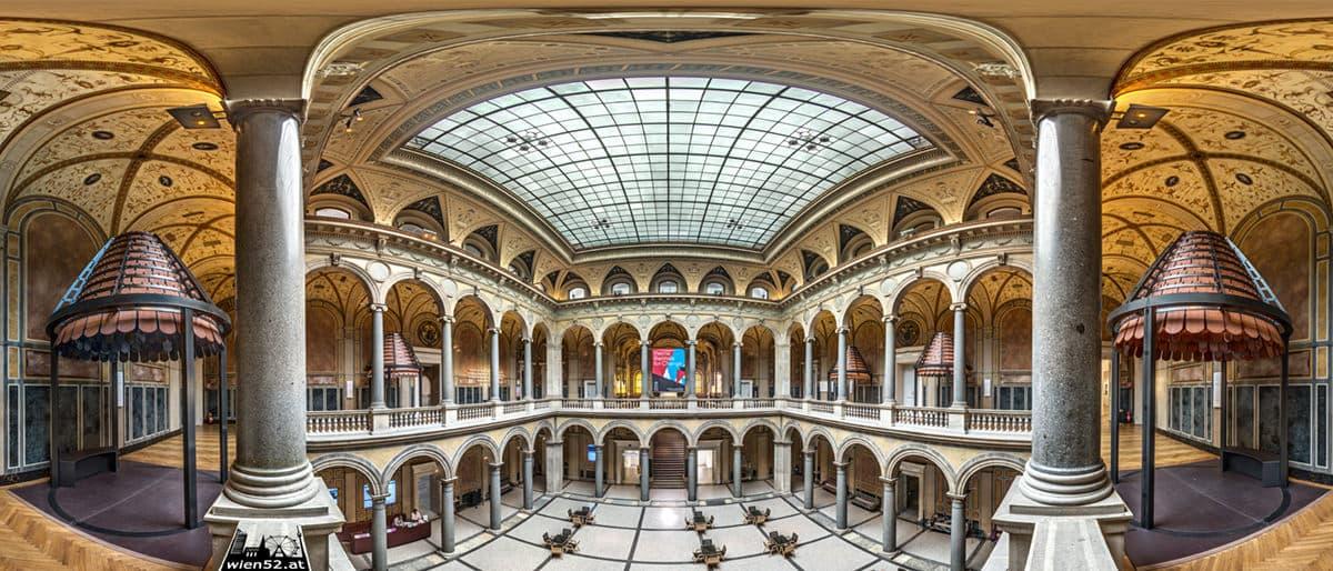 Säulenhalle im Museum für angewandte Kunst - MAK