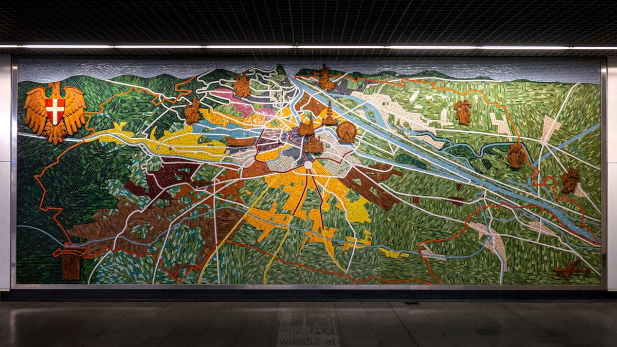 Wandmosaik 'Wien-Panorama mit Verkehrslinien' am Hauptbahnhof